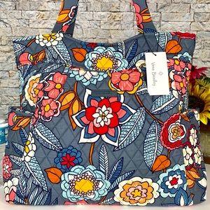 🆕 Vera Bradley Pleated Large Tote Bag